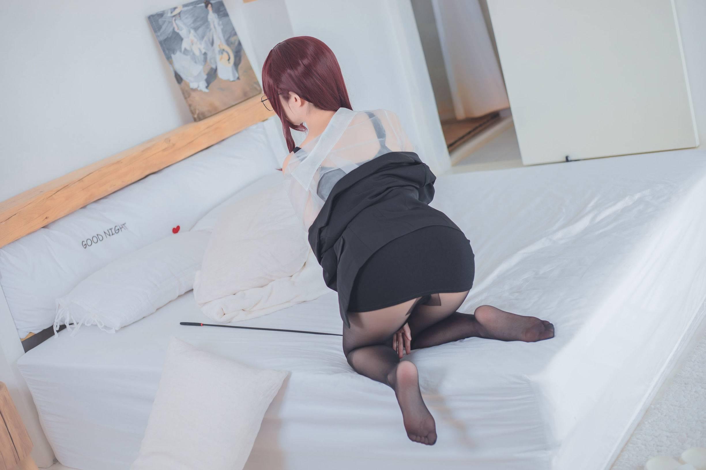 [美图分享]rioko凉凉子黑丝美腿御姐写真集