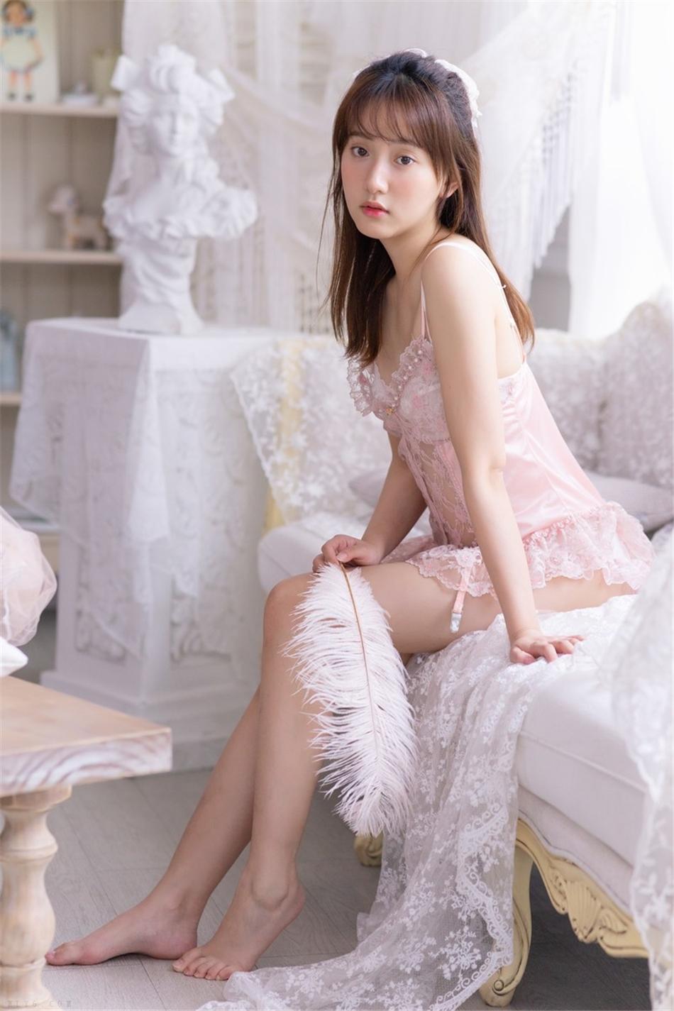 蕾丝美女极品透视内衣诱惑写真