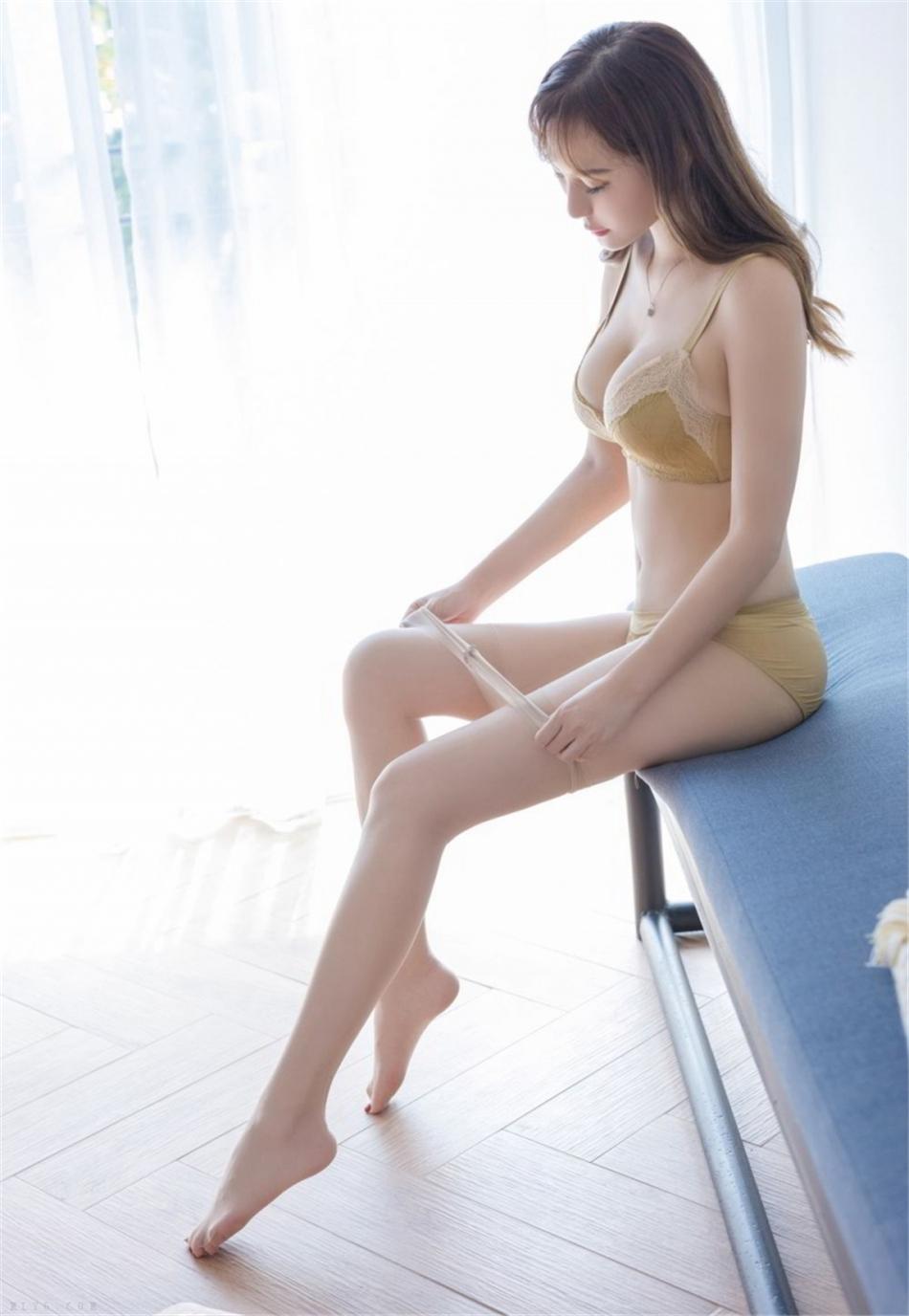 性感美女尤物蕾丝内衣诱惑写真