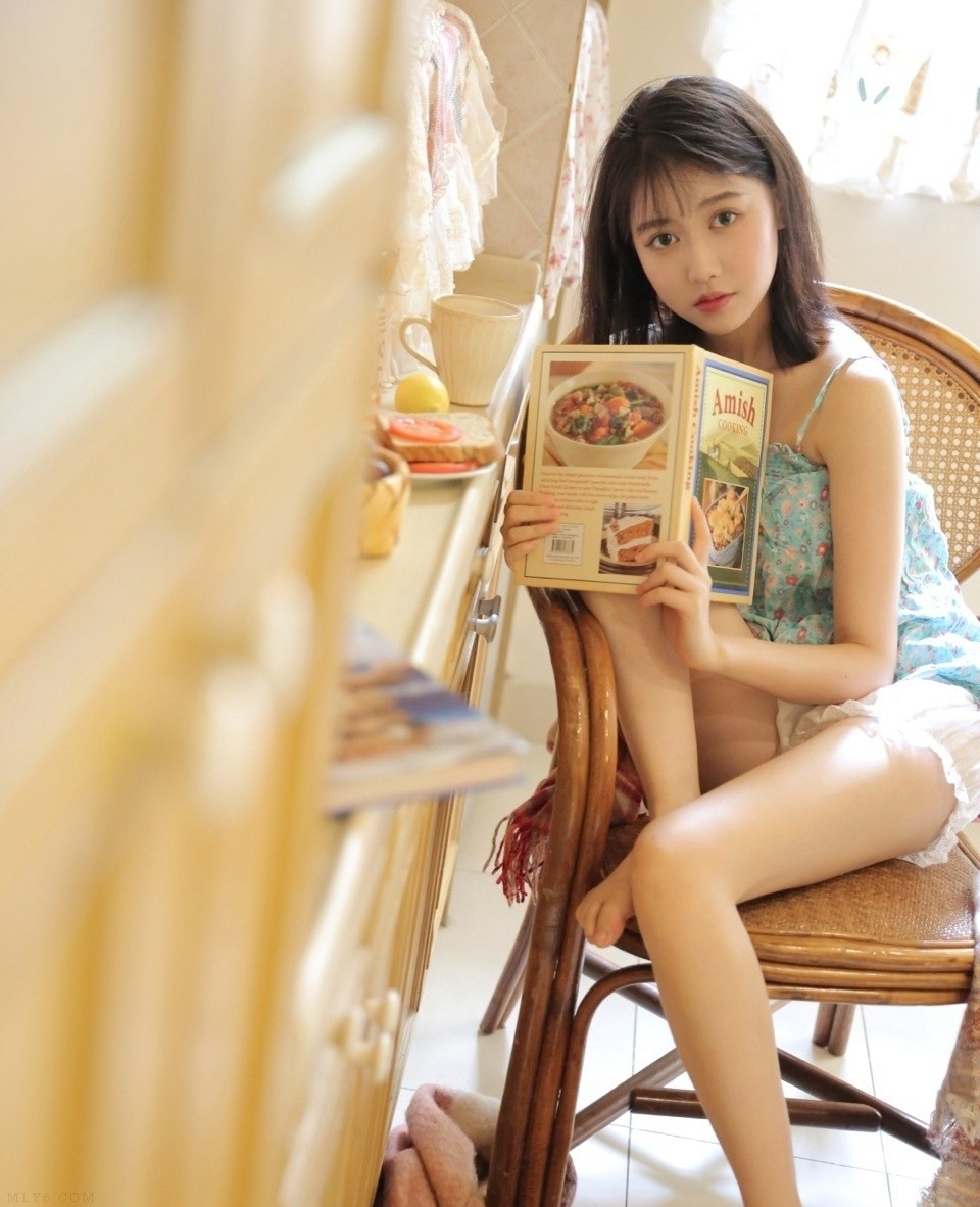 长得眉清目秀的漂亮小姑娘肌肤白皙气质灵动可爱图片