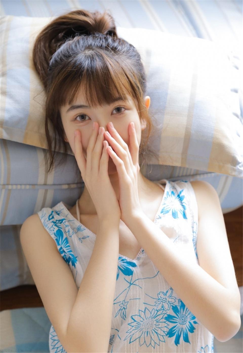邻家女友长腿白瓷清澈杏眼销魂极品图库