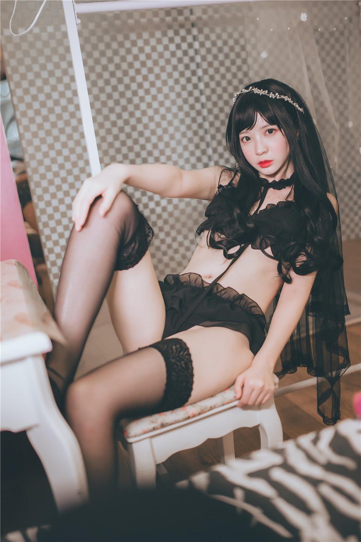 疯猫ss – NO.03 黑丝写真 黑色小野猫