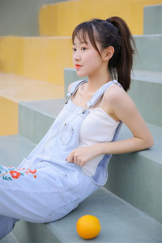 清纯美女 甜橘味的夏天