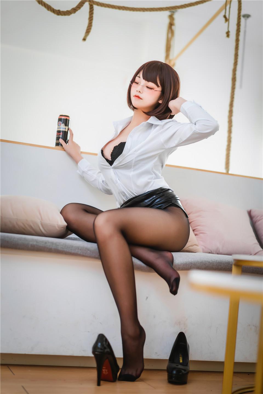蜜汁猫裘 NO.064 醉OL[52P][698MB]