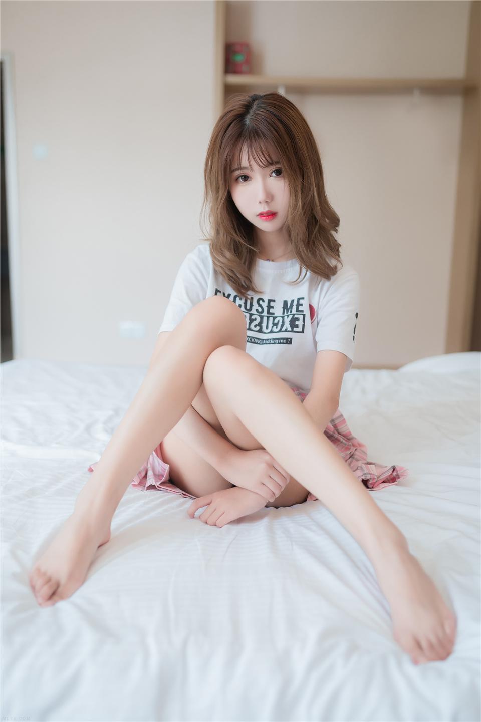 清纯美女 白丝