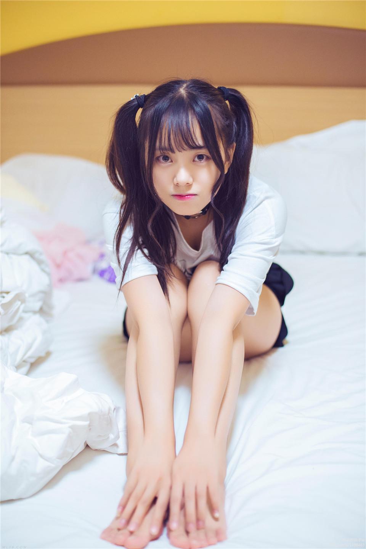 小野妹子w –  萝莉私房 [21][26MB]