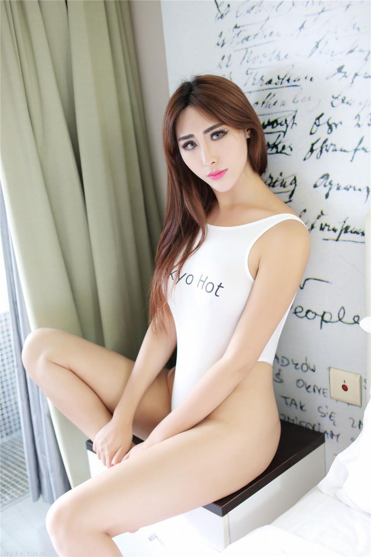 511 妩媚孟狐狸的性感之诱惑 FoxYini孟狐狸[64P][15.7MB]