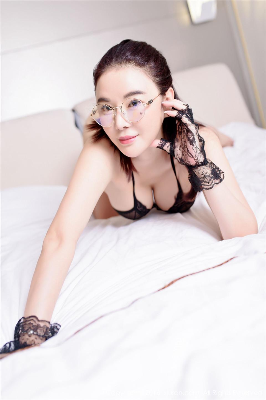 544 成熟、高贵、巨乳、御姐 香港EVA[44P][13.3MB]