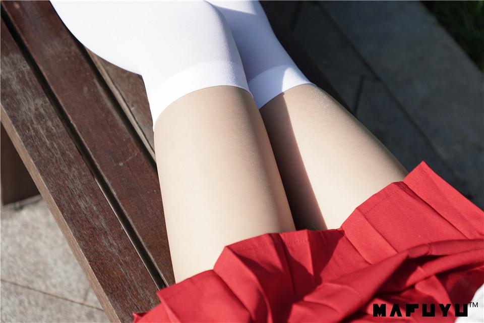 神楽坂真冬 NO.004 少女と自然と白い靴下[75P1.07G]