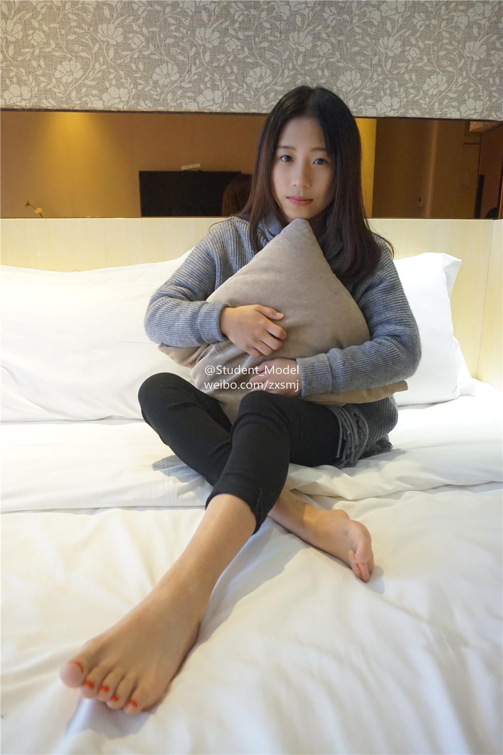 韩国微博美女 47套自拍合集 [6.5 GB]