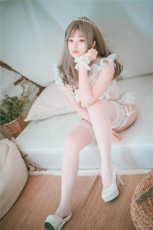 "NO.001 Bambi- DJAWA ""Reine de Blanc_yythkg [[64P-182.4MB]"