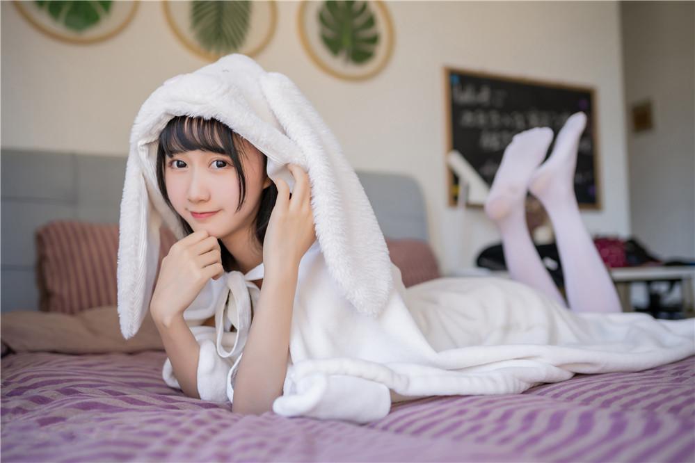 木绵绵OwO – NO.29 浴巾兔子 [42P-187MB]