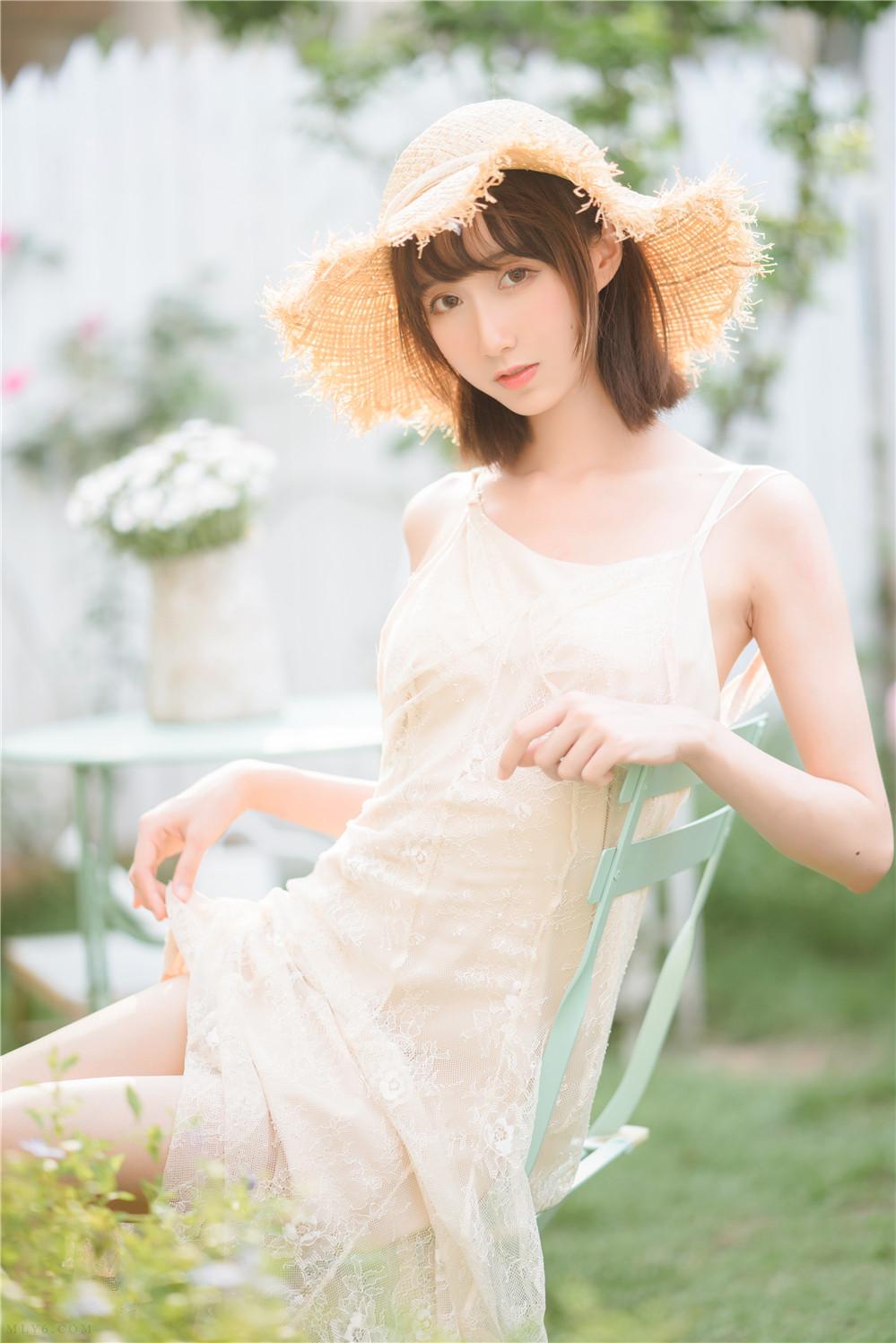 木绵绵OwO – NO.61 湿润微风 [75P-640MB]
