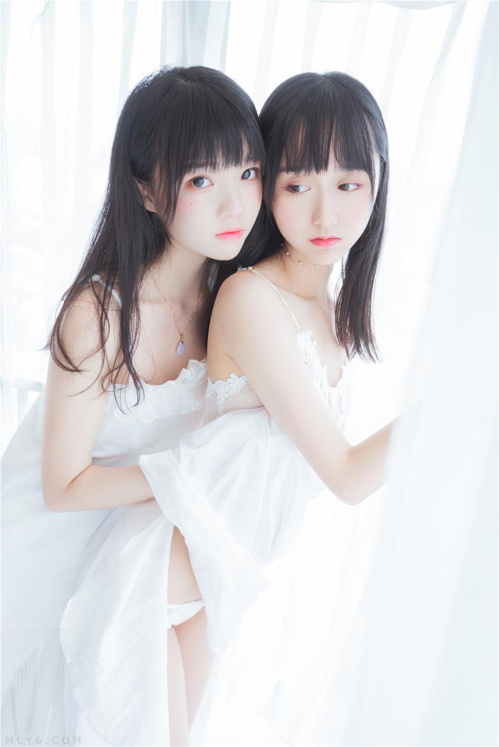 木绵绵OwO – NO.44 ×桜桃喵 朝(白裙×白裙) [58P-724MB]