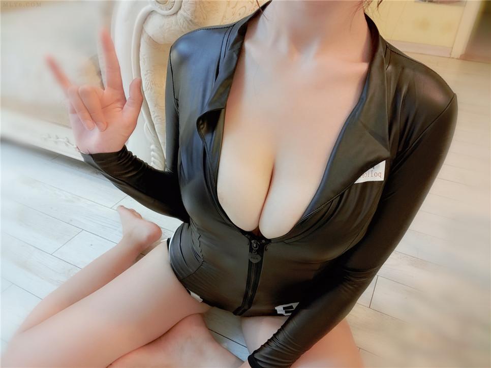小玉 黑色皮衣系列