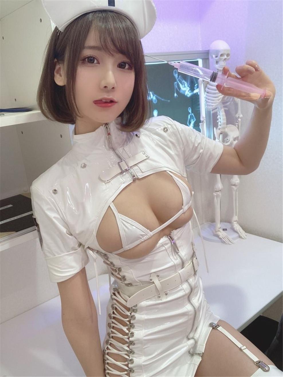 韩国美女けんけん – 高清写真2020.05月-2021.04月 [1400P-1.65 GB]