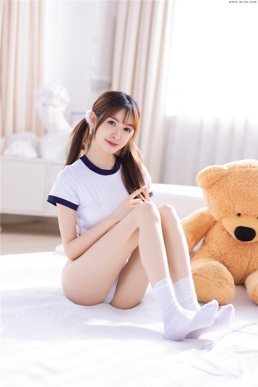 王羽杉Barbieshy – NO.07 开档体操服